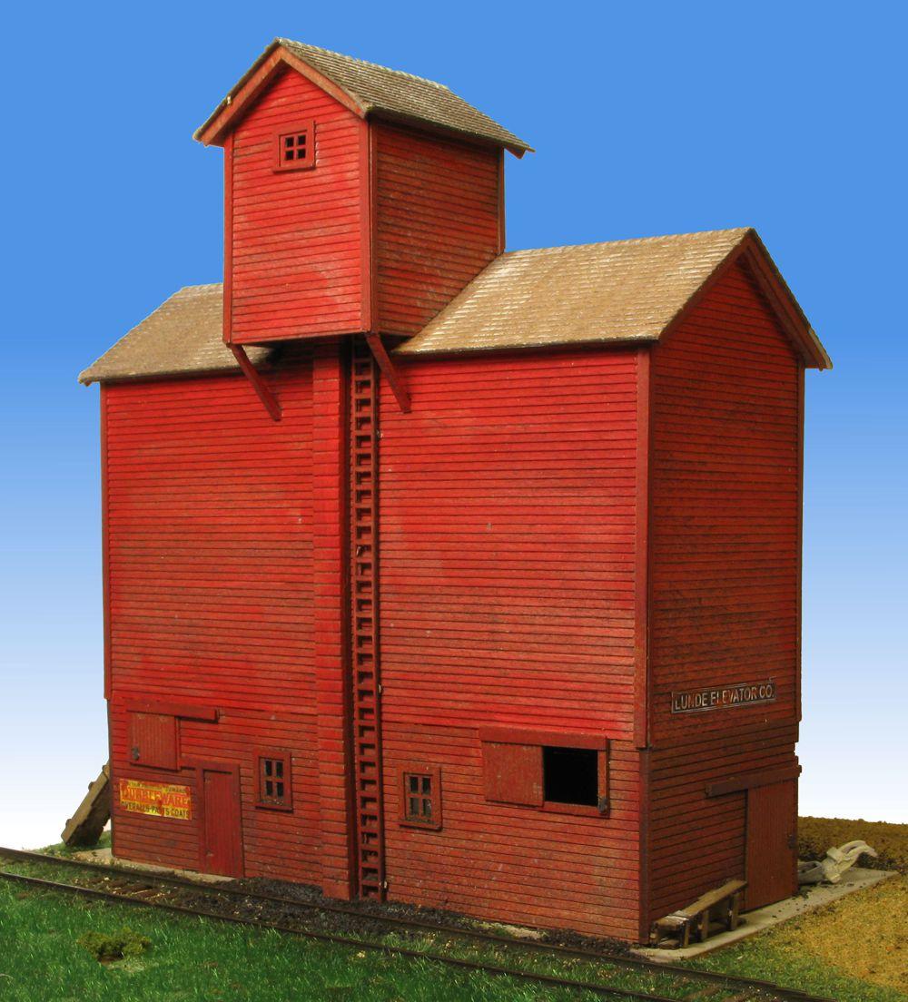 2215 Lunde Coal Elevator